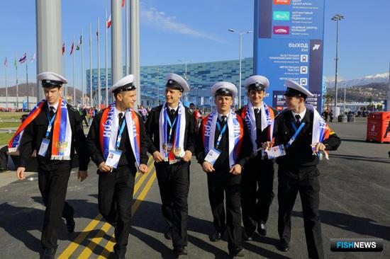 Практиканты продолжают посещать Олимпийский парк. Фото пресс-службы БГАРФ.