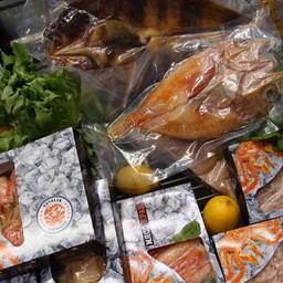 Образцы продукции в фирменной упаковке