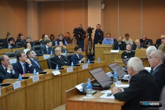 Во Владивостоке представили доработанную версию проекта по созданию рыбохозяйственного кластера. Фото пресс-службы администрации Приморского края.