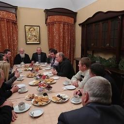 В ходе рождественской поездки в Новгородскую область Владимир Путин встретился с рыбаками, ведущими промысел на озере Ильмень. Фото пресс-службы Кремля