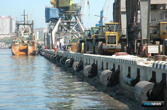 О том, как в родном порту минтай отгружали