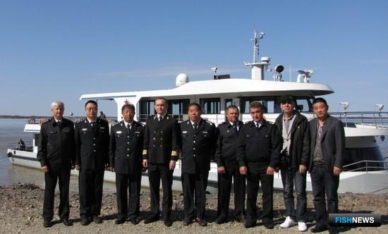 Российские и китайские сотрудники рыбоохраны провели совместные рейды в пограничных водах Амура и Уссури. Фото пресс-службы Амурского теруправления Росрыболовства