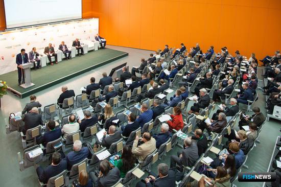 На выставке «Золотая осень» прошла панельная дискуссия «Резервы развития товарного рыбоводства в России»