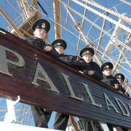 «Паллада» примет участие в двух фестивалях и Регате парусных судов