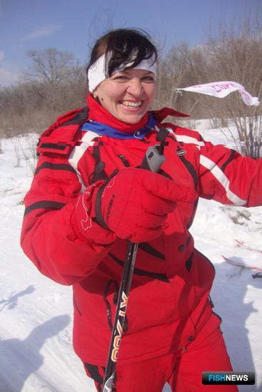 Лыжные соревнования в прекрасную погоду и на чистом воздухе – истинное наслаждение! (лыжница Дальрыбвтуза Надежда ВОВЧЕНКО)