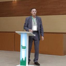 Руководитель Центра аквакультуры и прибрежных биоресурсов Национального научного центра морской биологии Сергей МАСЛЕННИКОВ