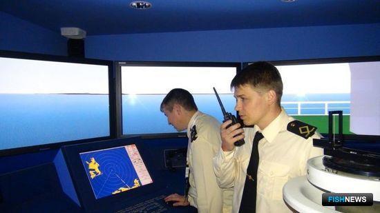 Главным «пунктом назначения» был навигационный тренажер. Фото пресс-службы Дальрыбвтуза.