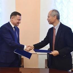 Россия и Япония договорились о взаимных квотах и утвердили план совместных исследований на 2018 г. Фото пресс-службы Росрыболовства