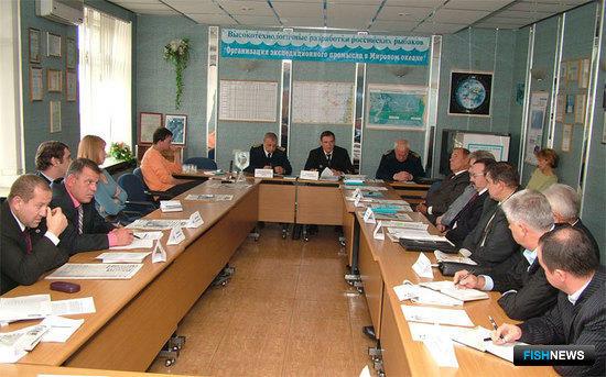Круглый стол по теме: «Морская доктрина России и открытые воды Мирового океана – перспективы и проблемы рыбного промысла»