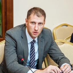 Представитель компании «Акрос» Сергей СЕННИКОВ