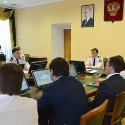 Подготовку к перезаключению договоров о закреплении долей квот обсудили на оперативном совещании в Росрыболовстве. Фото пресс-службы ведомства