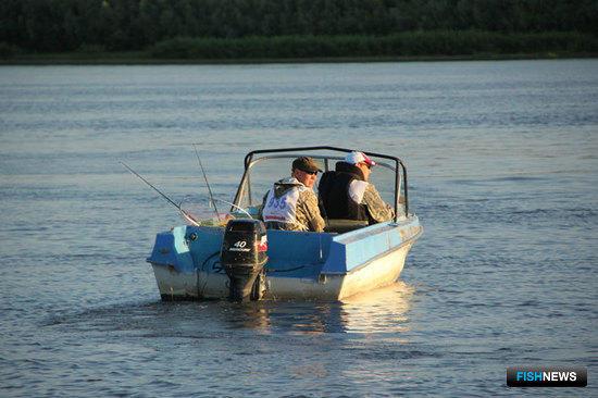 Главу государства призвали решить вопрос с законом о любительской рыбалке