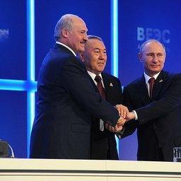 В Астане главы Беларуси, Казахстана и России подписали Договор о Евразийском экономическом союзе. Фото пресс-службы Президента РФ.