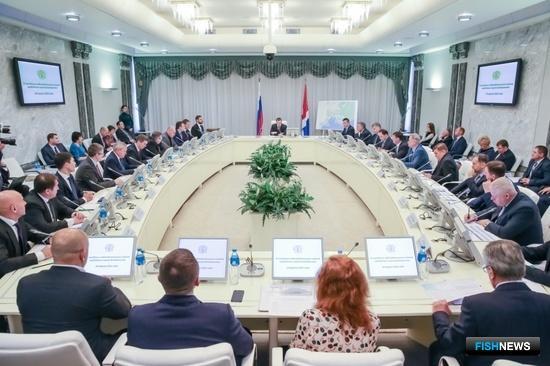 Во Владивостоке прошло третье заседание наблюдательного совета свободного порта. Фото пресс-службы Корпорации развития Дальнего Востока