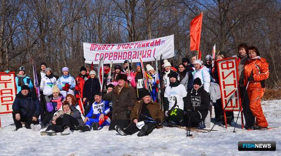 Участники Рыбацкой лыжни-2014 после нелегких финишей