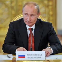 Глава государства Владимир ПУТИН подписал указ о продлении на год продовольственного эмбарго. Фото пресс-службы президента