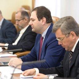 Директор департамента рыбного хозяйства и аквакультуры Минсельхоза Евгений КАЦ выступил на заседании рабочей группы в Совете Федерации. Фото пресс-службы СФ
