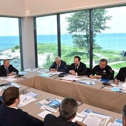 Глава государства Владимир ПУТИН провел в Танхое совещание по вопросам развития Байкальской природной территории. Фото пресс-службы президента