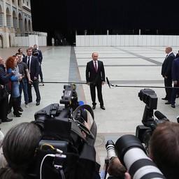 По окончании «Прямой линии» глава государства Владимир ПУТИН ответил на вопросы журналистов. Фото пресс-службы президента