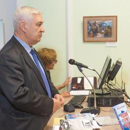 Председатель КС «Севрыба» Вячеслав Зиланов представил книгу «Россия теряет Арктику?»