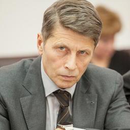 Зампредседателя правительства Сахалинской области Сергей ПОДОЛЯН