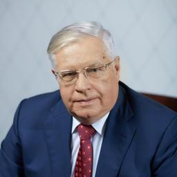 Член Коллегии (министр) по техническому регулированию ЕЭК Валерий КОРЕШКОВ