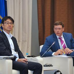 Директор MSC по Японии КОЗО Иси и президент Ассоциации добытчиков крабов Дальнего Востока Александр ДУПЛЯКОВ