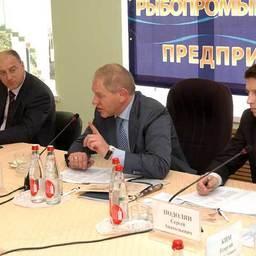 Андрей Крайний: «Сверхдоходы остаются в кармане оптовиков»