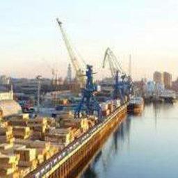 В Астрахани с начала 2007 года зафиксировано около 20 случаев сходов вагонов на подъездных путях портовых предприятий