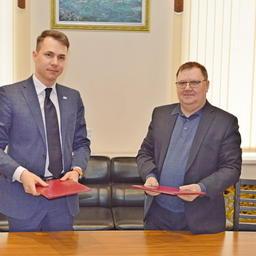 Начальник ЦСМС Артем ВИЛКИН и генеральный директор АО «ДАРД» Сергей ЛЕЛЮХИН