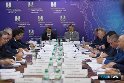 Совещание по мониторингу выполнения поручений президента проходило в Южно-Сахалинске. Фото пресс-службы областного правительства