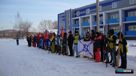 «Рыбацкая лыжня-2013»: торжественное построение перед лыжными стартами