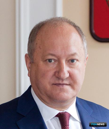 Владимир Илюхин просит главу Минсельхоза России внести изменения в правила рыболовства в интересах коренных народов