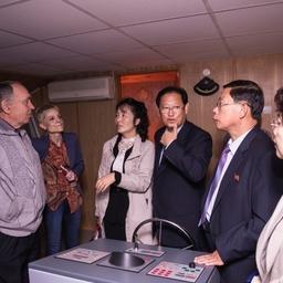 Для гостей провели экскурсию по университету. Фото информационно-аналитического отдела Дальрыбвтуза