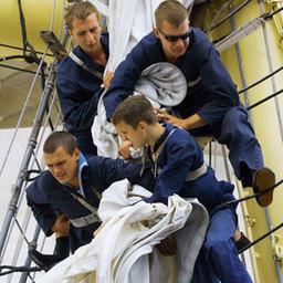 Штормовая Атлантика испытала мореходов