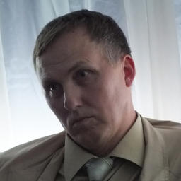 Руководитель Центра аквакультуры и прибрежных биоресурсов ДВФУ Сергей МАСЛЕННИКОВ