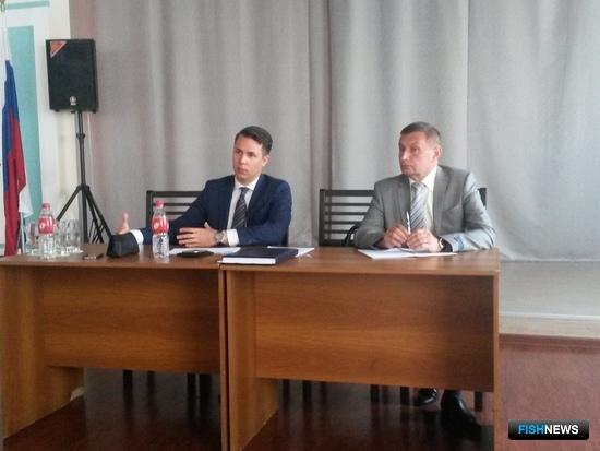 Начальник ЦСМС Артем ВИЛКИН и начальник Владивостокского филиала Демьян ЧЕКУНОВ