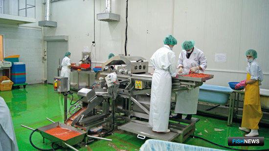 В РК им. Кирова работает сепаратор, совмещенный с установками для очистки и промывки икры