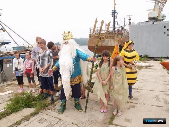 Празднование Дня рыбака в ОАО «ПБТФ». Фото Александра ТЮКАЕВА.
