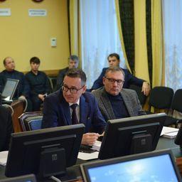 Член Общественного совета при Росрыболовстве Эдуард КЛИМОВ предложил обсудить угрозы исключения отдельных объектов промысла из общей системы перезакрепления долей квот