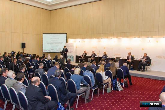 В первый день работы выставки «Золотая осень» в МВЦ «Крокус Экспо» прошла панельная дискуссия «Потенциал российской аквакультуры для бизнеса, инноваций и инвестиций»