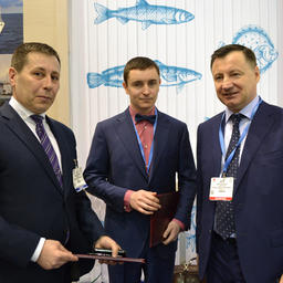 На церемонии подписания присутствовал замруководителя Росрыболовства Петр САВЧУК