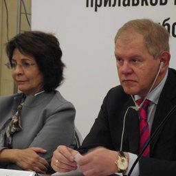 Комиссар по морским делам и рыболовству Европейской Комиссии Мария Даманаки и руководитель Росрыболовства Андрей Крайний