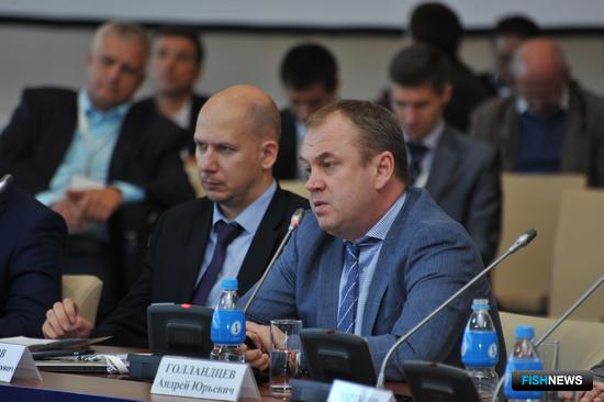 Круглый стол «Механизм реализации инвестиционных обязательств в судостроении и рыбопереработке», XI Международный конгресс рыбаков