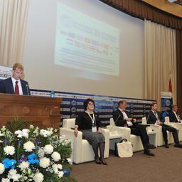 Участников Международного конгресса рыбаков приветствовал вице-губернатор Приморского края Денис БОЧКАРЕВ
