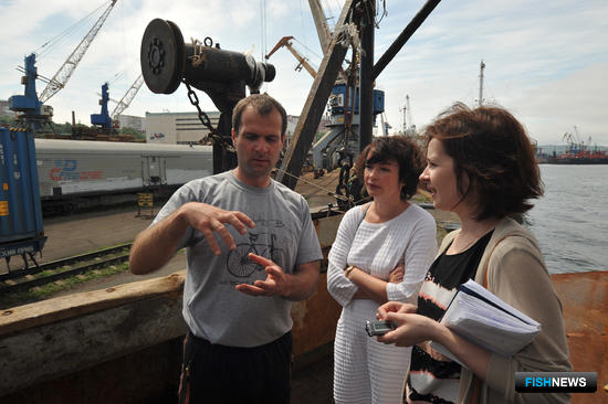 Второй помощник капитана Иван АЛЕКСАНДРОВ провел экскурсию для гостей «Таманго»
