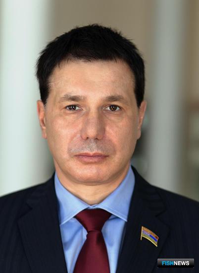 Председатель Союза рыбопромышленников Карелии, депутат Законодательного собрания региона Игорь ЗУБАРЕВ