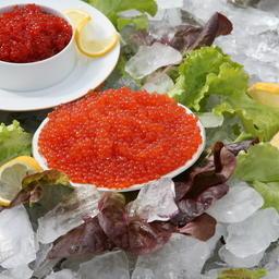 Лососевая икра – популярный деликатес для новогодних праздников