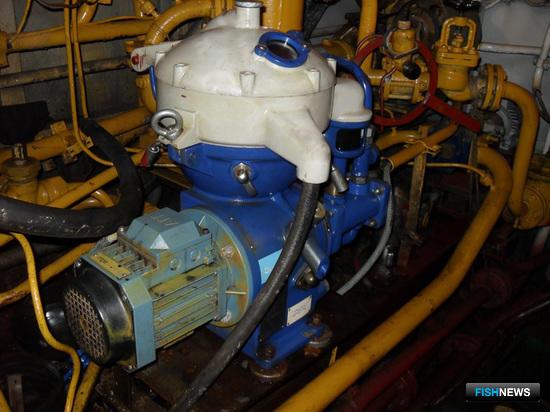 Топливный сепаратор МАВ103 производства компании «Альфа Лаваль»