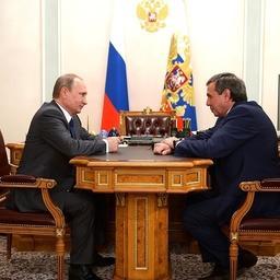 Владимир Путин провел рабочую встречу с губернатором Новосибирской области Владимиром Городецким. Фото пресс-службы президента РФ